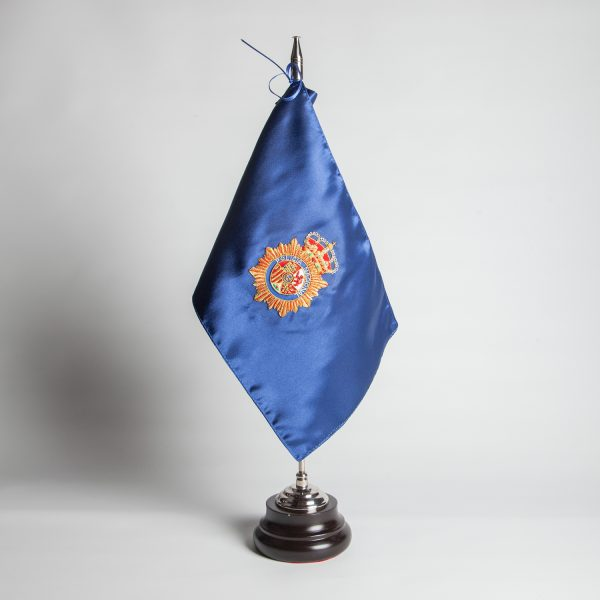 bandera-sobremesa-policia-nacional